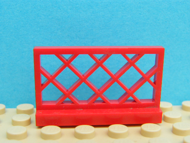 LEGO 3185 Red Fence 1 x 4 x 2