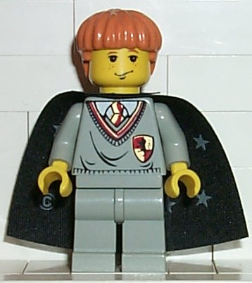 LEGO hp007 - Ron Weasley, Gryffindor Shield Torso, Black Cape with Stars