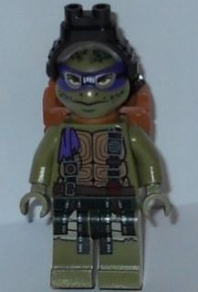 LEGO tnt050 Donatello With Goggles and Pack