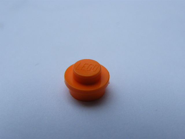 LEGO 4073 - Orange Plate, Round 1 x 1 Straight Side