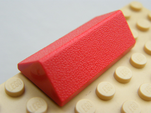 LEGO 3041 - Red Slope 45 2 x 4 Double