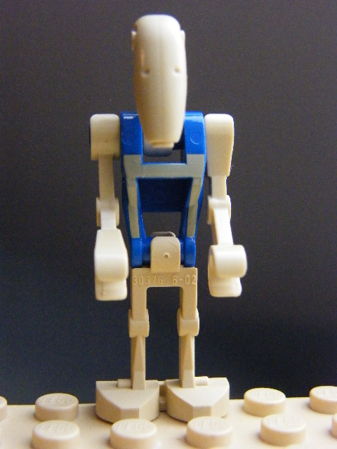 LEGO  sw0300 Battle Droid Pilot with Blue Torso with Tan Insignia