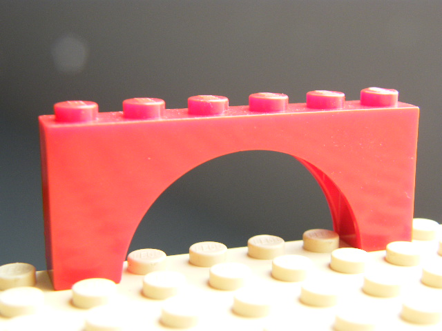 LEGO 3307 - Red Brick, Arch 1 x 6 x 2