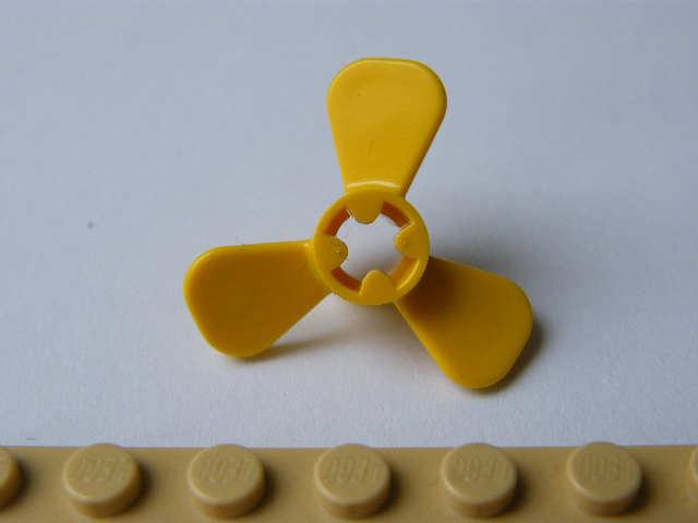 LEGO 6041 Yellow Propeller 3 Blade 3 Diameter