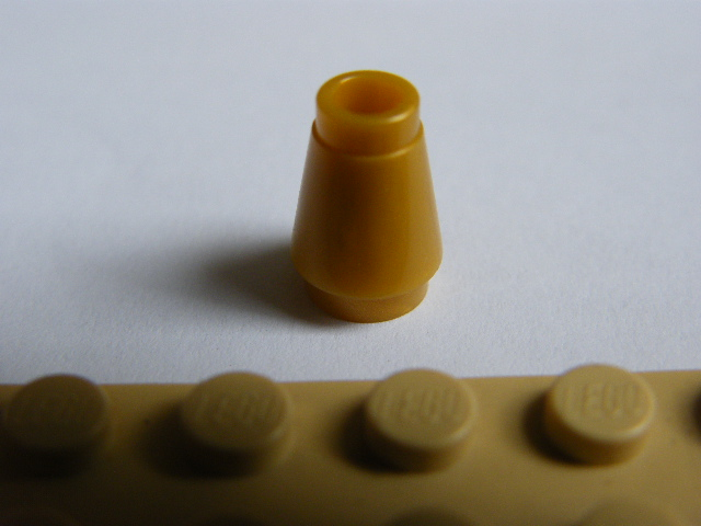 LEGO 4589 - Pearl Gold Cone 1 x 1 without Top Groove