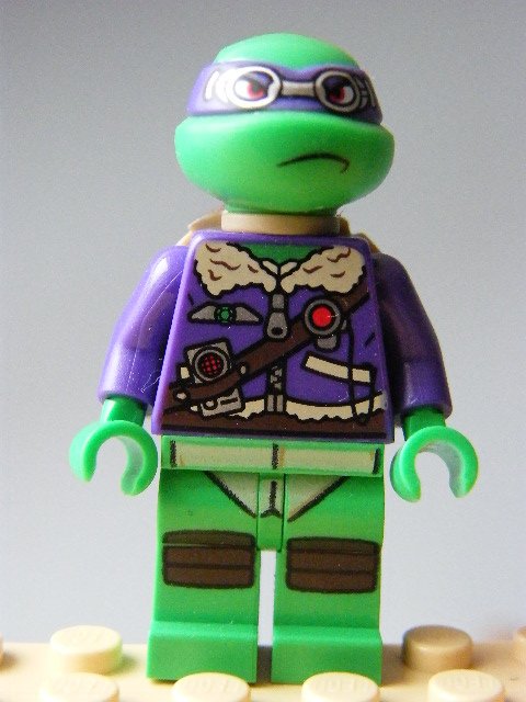LEGO 028- Donatello - with Goggles
