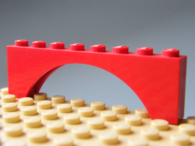 LEGO 3308 - Red Brick, Arch 1 x 8 x 2