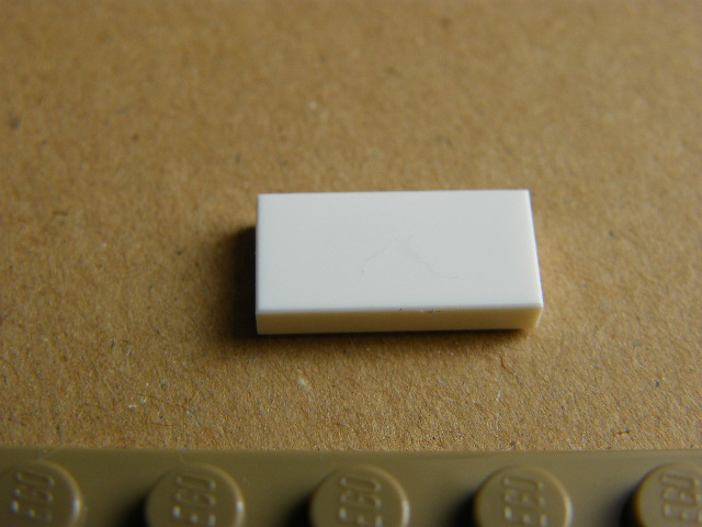 LEGO 3069 White Tile 1 x 2 with Groove