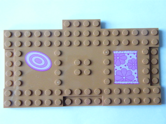 LEGO 18922pb01 Brick, Modified 8 x 16 with 1 x 4 Indentations and 1 x 4 Plate with Floor Mats Pattern