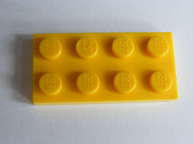 LEGO 3020 Yellow Plate 2 x 4