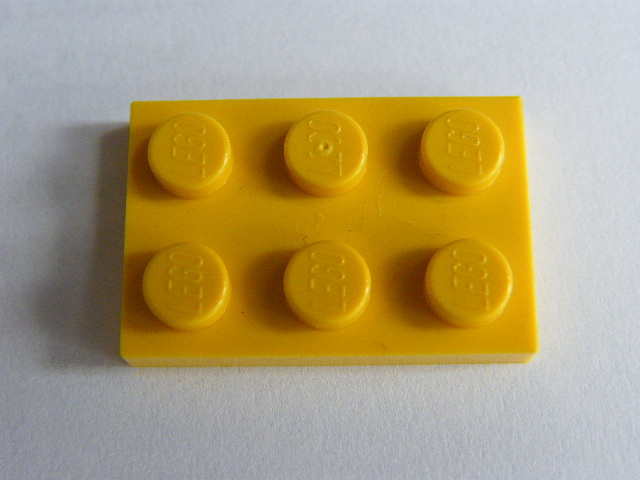 LEGO 3021 - Yellow Plate 2 x 3