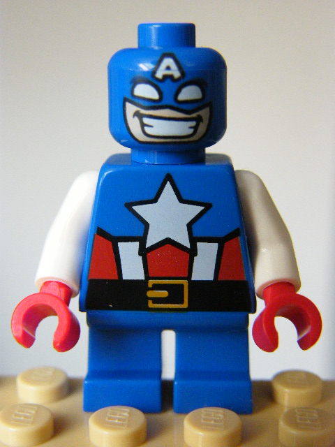 LEGO SUPER HEROES 250 - Captain America - Short Legs