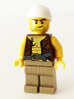 LEGO pi158  - Old Pirate - Vest and Anchor, Crooked Smile and Scar