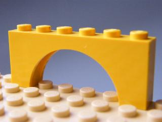 LEGO 3307 - Yellow Brick, Arch 1 x 6 x 2