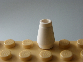 LEGO 4589 - White Cone 1 x 1 without Top Groove