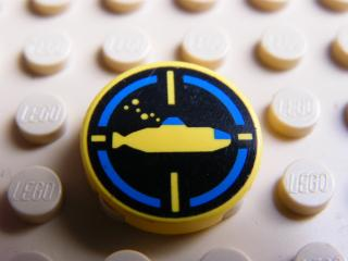 LEGO 4150px16 - Tile, Round 2 x 2 with Black Background, Yellow Submarine Pattern