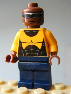LEGO SUPER HEROES 104 - Power Man