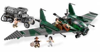 LEGO 7683 - Fight on the Flying Wing